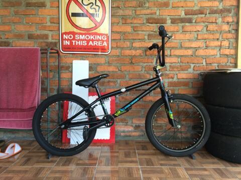 Sepeda BMX Polygon Rudge Istimewa!!!