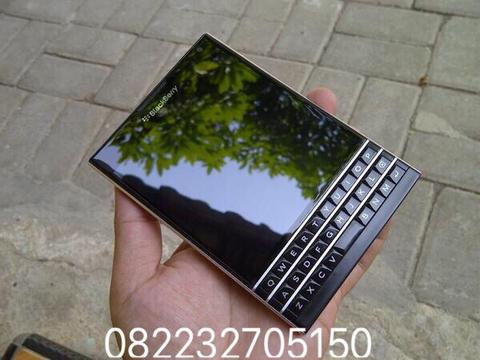 BlackBerry Passport RAM 3GB Internal 32GB 3450maH
