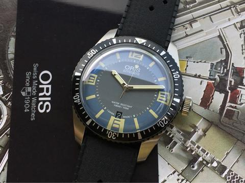 ORIGINAL NIB ORIS DIVER SIXTY FIVE AUTOMATIC DATE 42MM