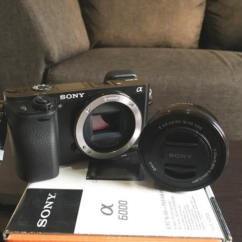 Sony Mirrorless Alpha 6000 Lens Kit 16-50mm Mint Condition