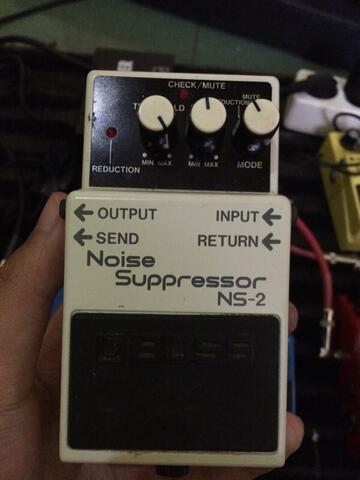 efek gitar boss ns2 / boss noise suppersor / noise gate/ noise reducer bandung