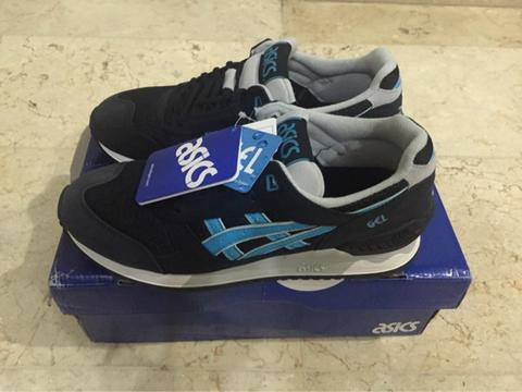 Terjual Asics Gel-Respector Trainers Black Atomic Blue  b68c8374f