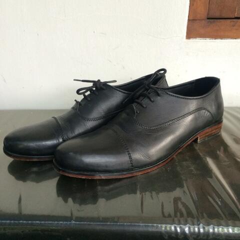 Terjual Sepatu kulit   leather shoes oxford asli cibaduyut  7f48d8ff05
