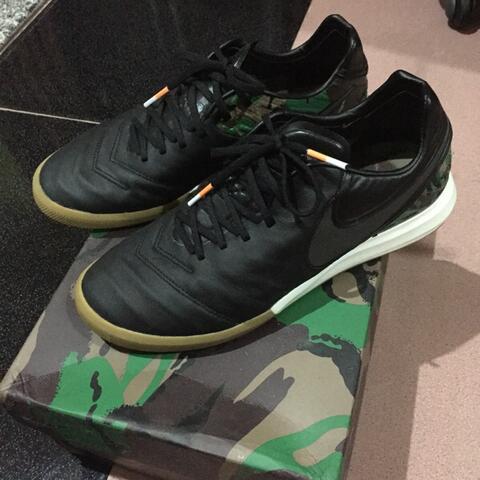 Sepatu Futsal Nike TiempoX Proximo SE IC - Camo / Black Size 40.5