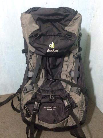 Deuter Air Contact 45+10 black granitw like new!!