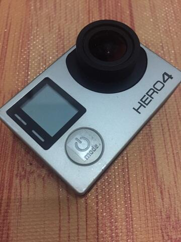 GoPro Hero 4 Silver Banyak Bonus (Malang)