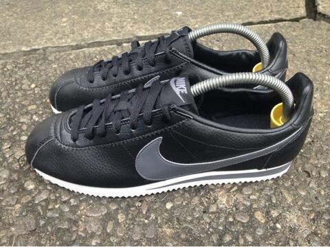 [100% ORIGINAL] Nike Cortez Leather Trainers Black/Grey/White size 42,5, muraahhh...