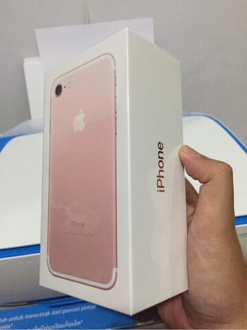 Iphone 7 rose gold 128 gb BNIB
