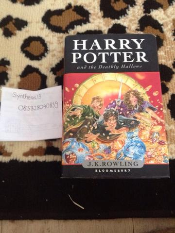 Novel Harry Potter and the Deathly Hallows English Version
