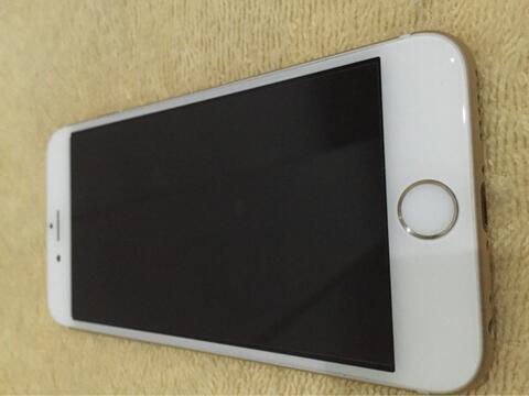 Terjual Iphone 6 16GB Gold Mulus 99% Murah aja!  79dffd3ff0