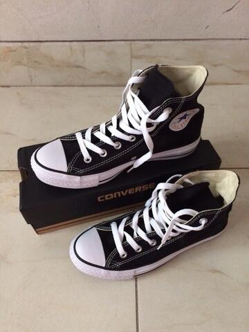 Terjual BNIB Sepatu Converse size 38  5 617b7e36c9