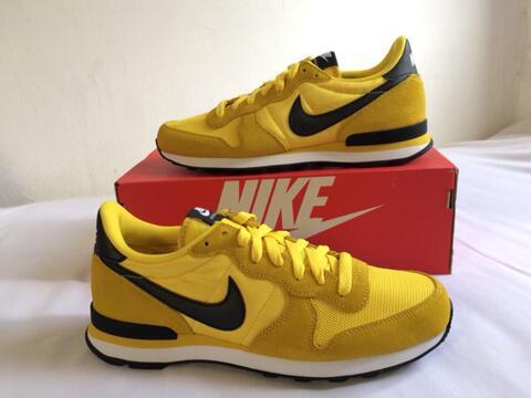 Nike Internationalist Tour/Yellow Black
