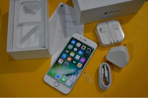 iPhone 6 64GB Silver ex Inter Singapore Lengkap (bandung)