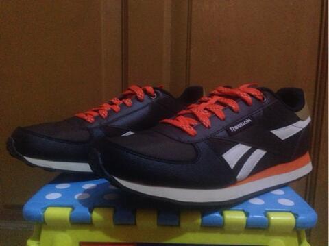 Sepatu Reebok Original Casual Reebok Royal CL Jogger WLD
