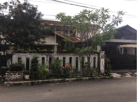 Rumah Bandung Tengah Daerah Martanegara Akses Pusat Kota Bandung