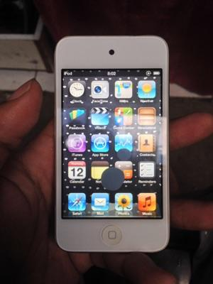 Ipod Touch 3rd Gen 16GB