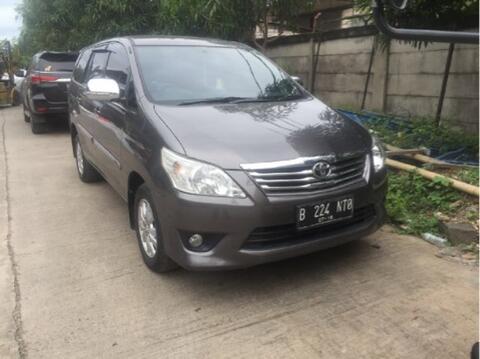 innova G 2013 diesel , tangan pertama kondisi istimewa JAKARTA