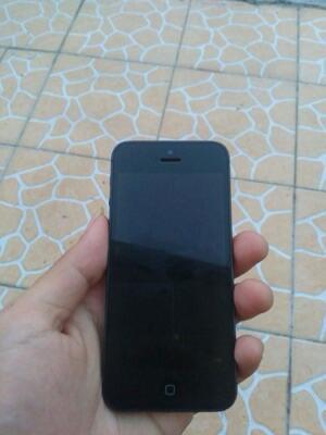 iphone 5G 16GB black