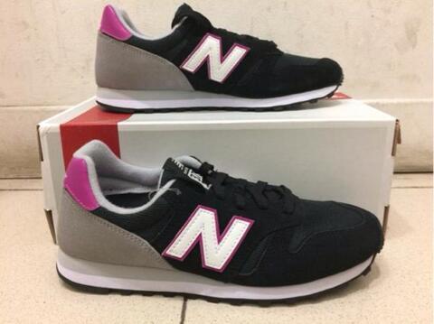 New Balance 373 Classic Black Pink