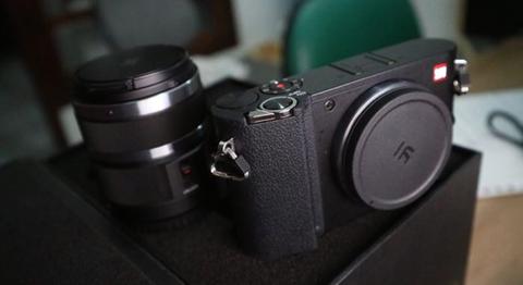wts jual xiaomi yi mirrorless m1 kit 12-40mm belum ada sebulan BU