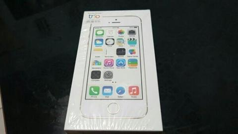 Iphone 5s 32gb Gold eks.Resmi Trikom Like New Malang