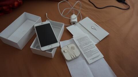 Jual Cepat iPhone 6 16GB Silver Ex.Garansi TAM Murah Mulus (Jakarta / Jambi)