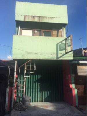 Rumah Ruko di Utankayu