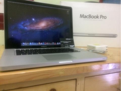 "MacBook Pro 15"" Middle 2011"