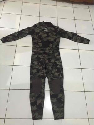 wet suit camo merk ist komplit sepatu dan tutup kepala