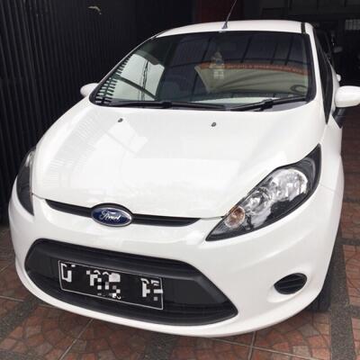Ford Fiesta 2011, matic, putih , 1.4 L , km 5x.xxx