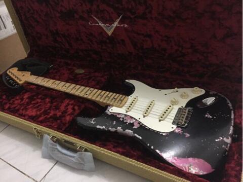 Fender Custom Shop 1957 Masterbuilt Dennis Galuzska Black Over Pink Paisley Relic