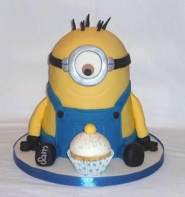 Terima pesanan Birthday cake dengan karakter dan topping sesuai selera