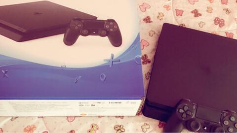 Jual - PS4 Slim 500GB. BNOB Murah Banget.