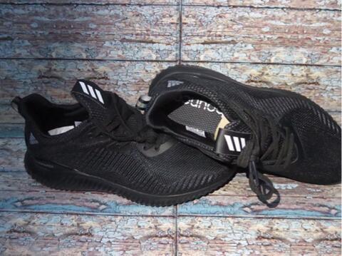 Terjual Jual Sepatu Adidas Alphabounce diJamin Legit Original  860d19c913