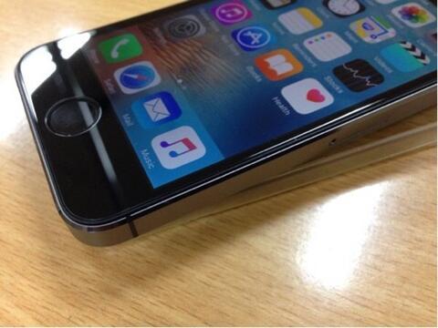 Terjual iPhone 5s 16GB mantap gan garansi resmi erafone  116f6755db