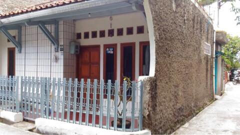 Dijual Rumah daerah karasak Bandung