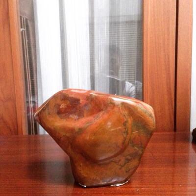 Batu Hias bernilai seni tinggi
