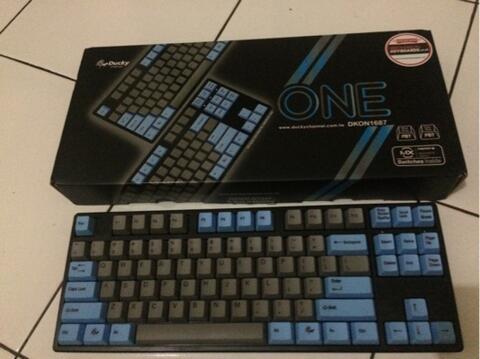 Mechanical keyboard ducky one PBT TKL blue black garansi panjang