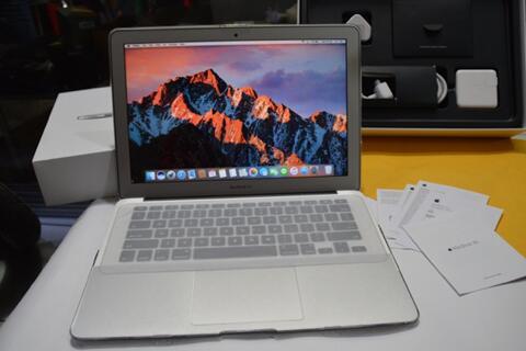 MacBook Air (13-inch Early 2015) Ram 8GB Core i5 Like New Bandung
