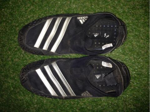 adidas Jaw Paw