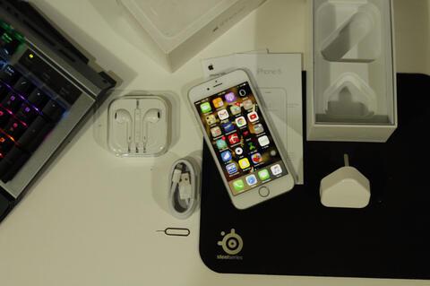 iPhone 6 64GB Silver resmi ex internasional (bandung)