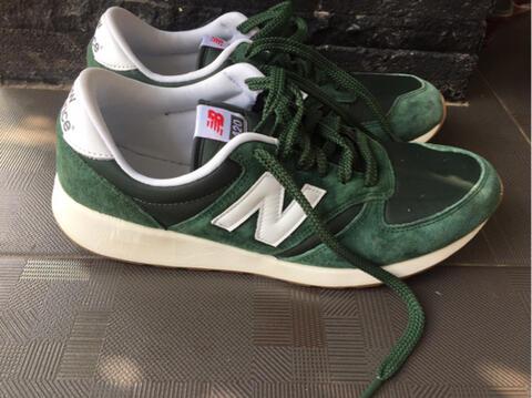 Terjual Sepatu New Balance 420 Hijau  9d91afe049