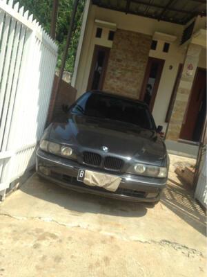 BMW E39 528i Triptonic 1997