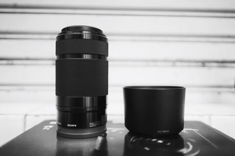 Dijual Lensa Tele Sony E 55-210mm mint condition