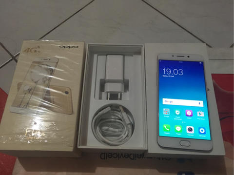 Oppo F1 plus RAM 4gb ROM 64gb mulus fullset rosegold bekasi not samsung iphone sony