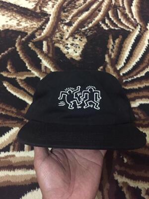 Topi Cap Wakai x Keith Haring Uniqlo, stussy, dickies, supreme, jordan