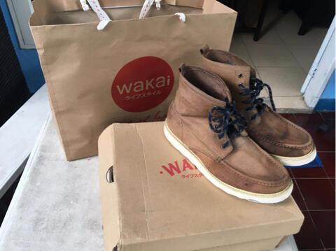 WAKAI boots