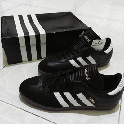 Adidas Samba Classic Black Gum ( Used for a month)
