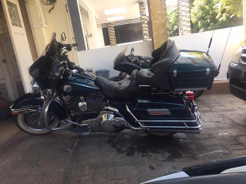 Moge Harley Davidson Ultra Classic Tahun 2002 Injection Hijau Tua