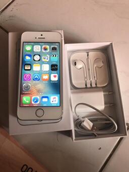 Terjual iPhone 5s 16gb mulus fullset original iBox resmi bekasi  350abf72fe